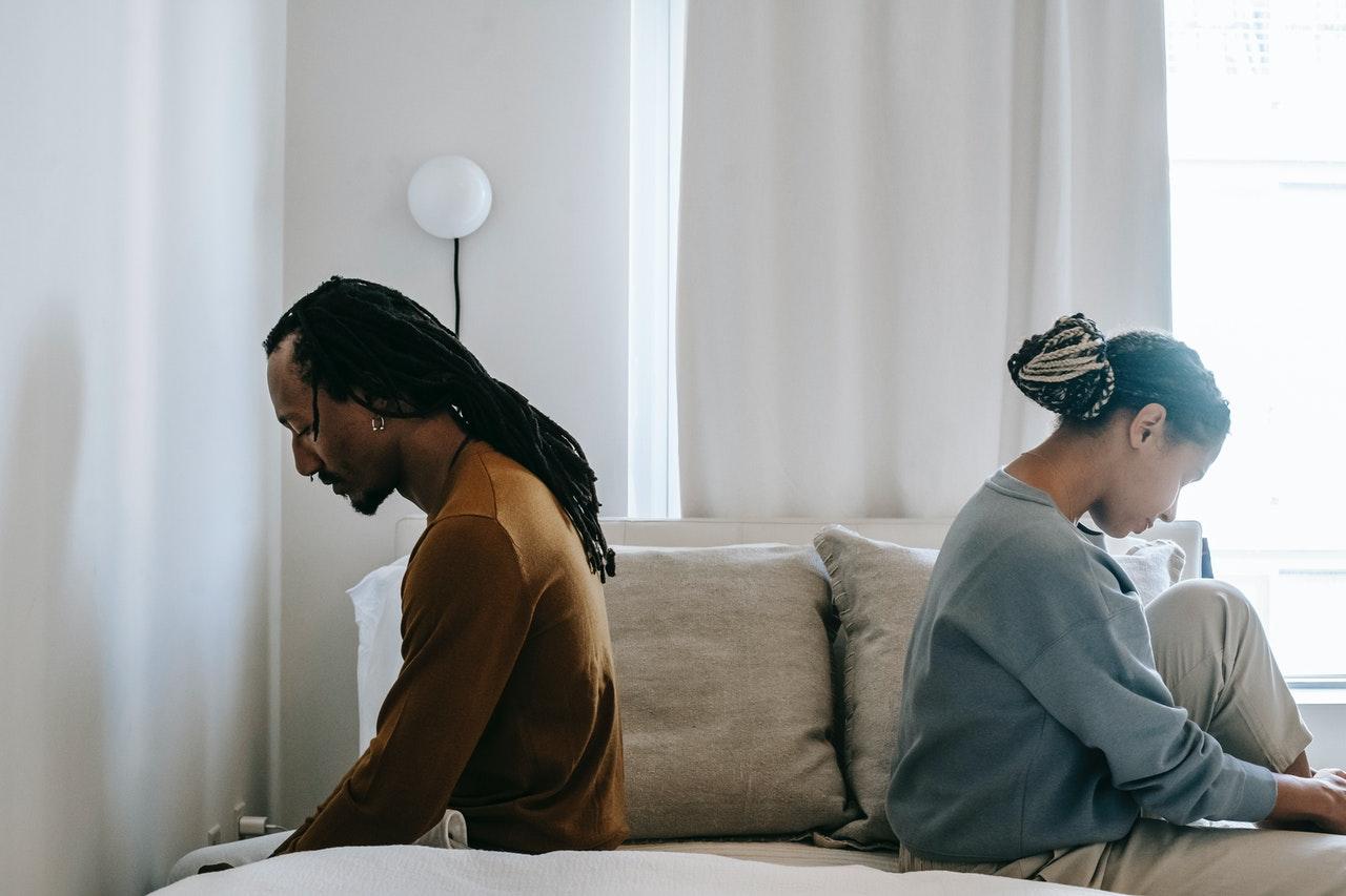 couple struggling emotionally