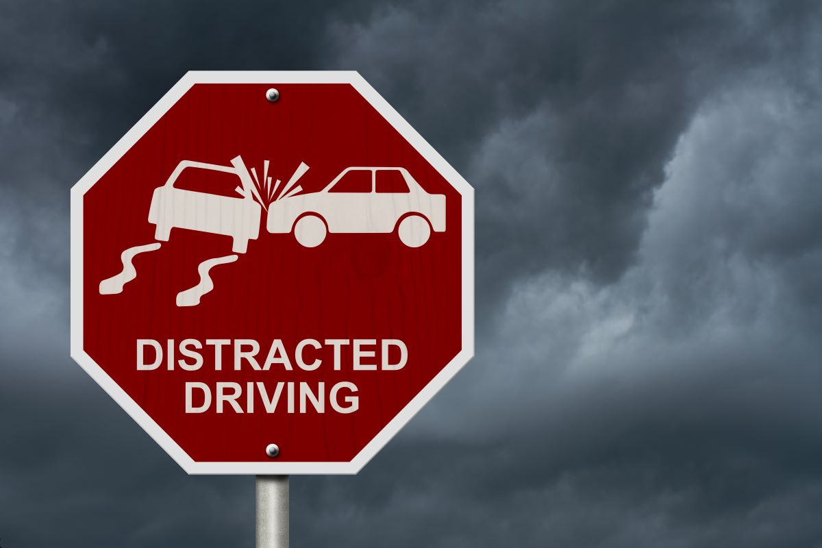 traffic sign distracted driving